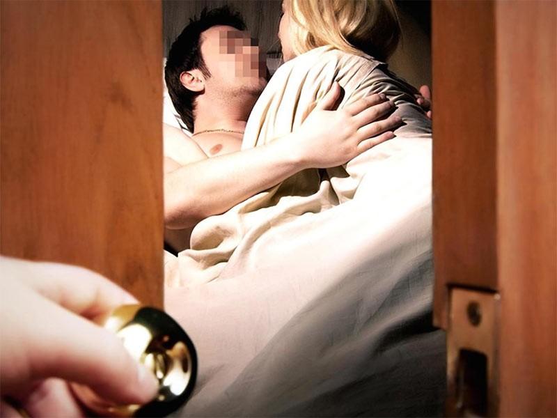 Kako uhvatiti ženu u prevari