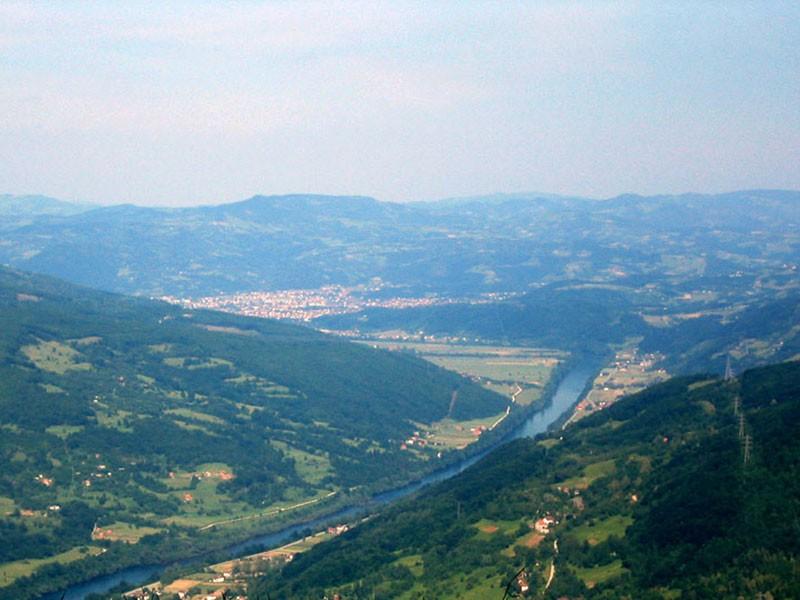 O poreklu toponima zlatiborske opštine Bajine Bašte