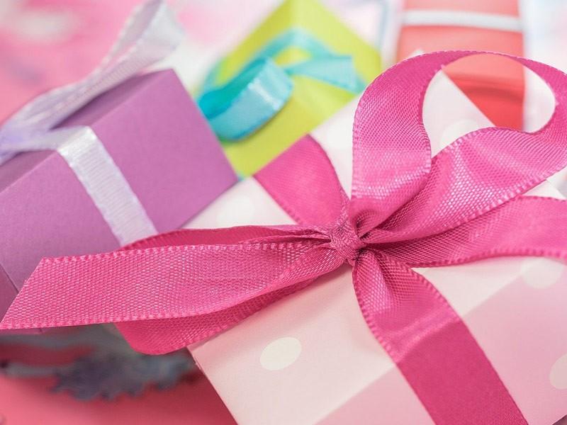 Top 5 ideja za najbolji poklon za punoletstvo