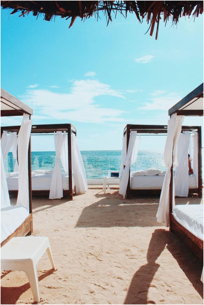 Baldahini na plazi
