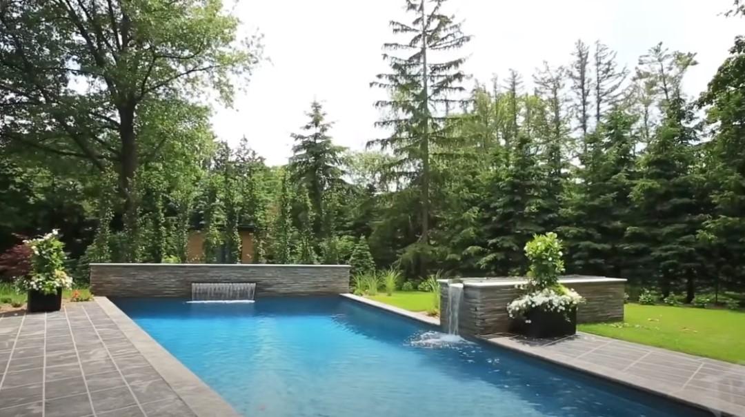 Moderne kuće bazen